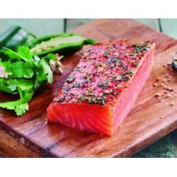 Lomo salmón ahumado con jalapeño y cilantro