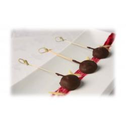 Piruleta de chocolate foie y confitura de arándanos