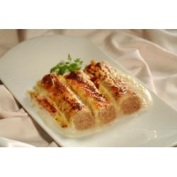 Canelones con bechamel y queso con diferentes rellenos